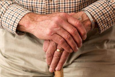 2 handige hulpmiddelen voor ouderen