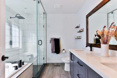 Badkamer schilderen of renoveren? 3 afwegingen op een rij